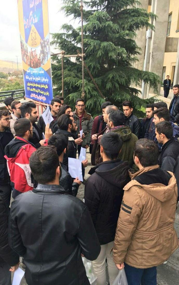 تجمع دانشجویان دانشگاه سهند تبریز