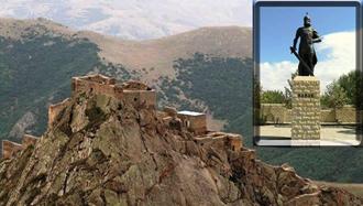 بابک خرم دین، به دست خلیفه عباسی کشته شد