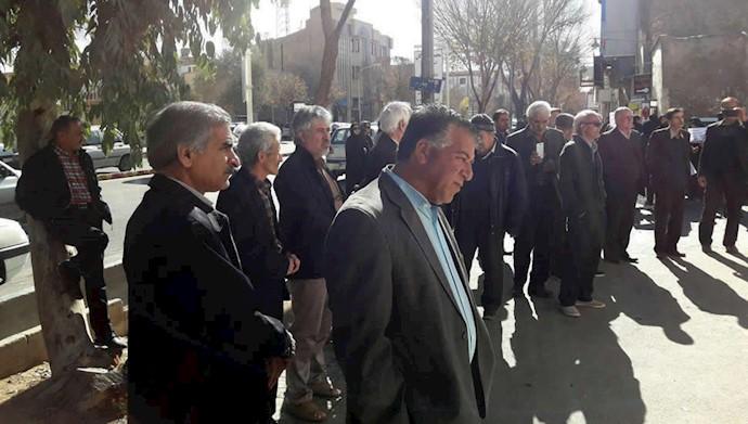 تجمع معلمین بازنشسته یزد  ۲۹آذر