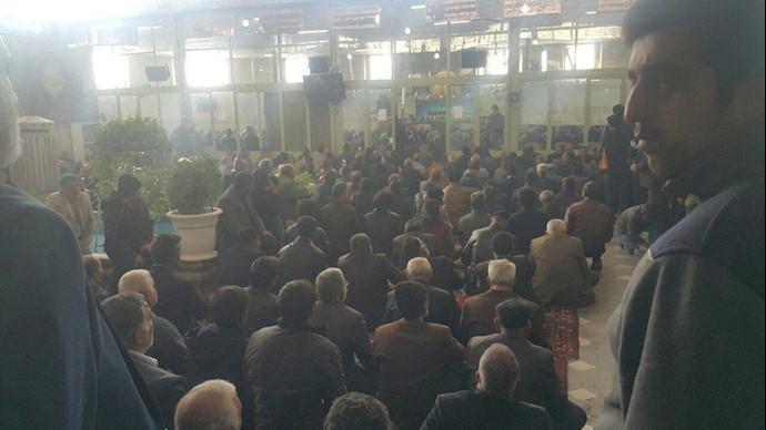 تجمع اعتراضی کشاورزان اصفهان ۲۲آذر۹۷