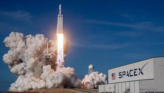 پرتاب موشک فالکون هوی به فضا