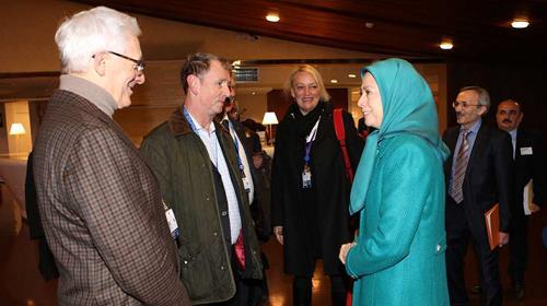 Maryam Rajavi; Iranian people want the religious regime changed