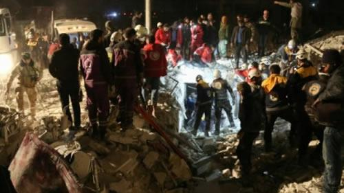 کشتار غیرنظامیان توسط بمباران هوایی اسد