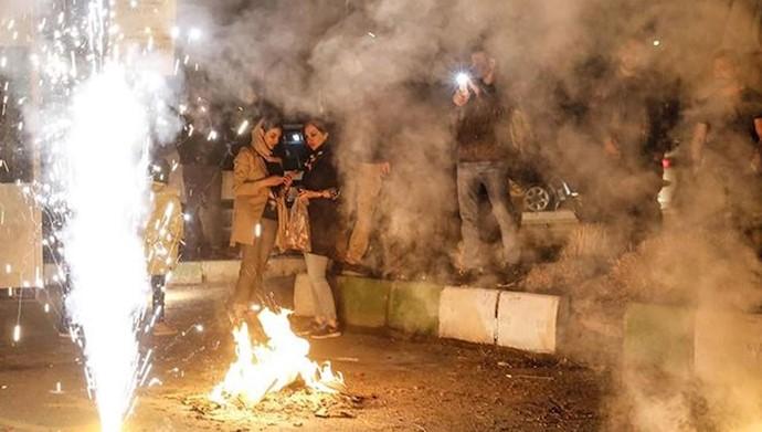 چهارشنبه سوری بستری مناسب برای تداوم قیام