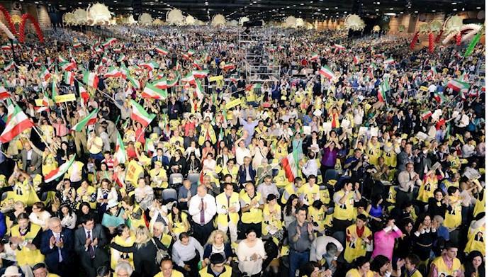 گردهمایی بزرگ ایرانیان در ویلپنت پاریس 2017