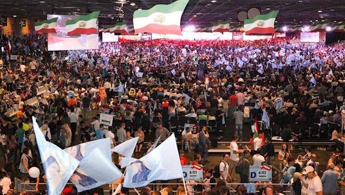 مراسم و میتینگ سالانه مجاهدین و مقاومت ایران در فرانسه