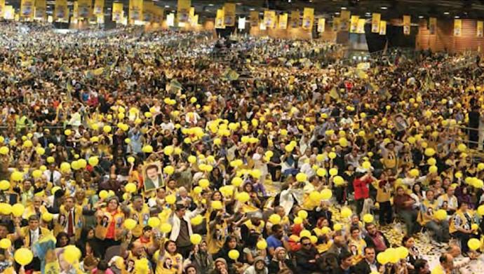 گردهمایی بزرگ ایرانیان در سال ۹۰