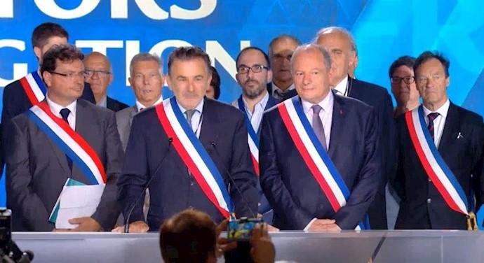 هیأت شهرداران فرانسوی از شهرهای مختلف