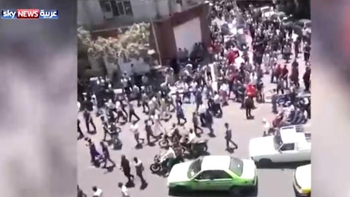 اعتراضات و درگیری در قلب تهران