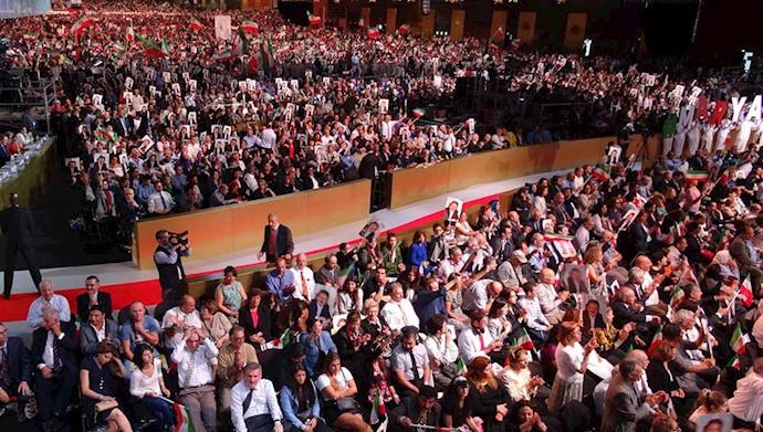 گردهمایی بزرگ ایرانیان در پاریس