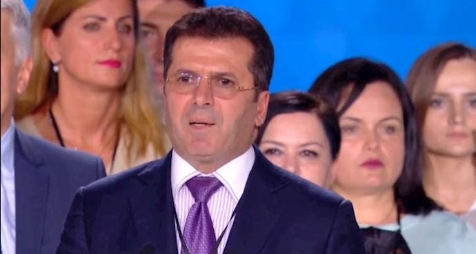 فاتمیر مدیو - رهبر حزب جمهوریخواه و وزیر دفاع پیشین آلبانی در همایش ایرانیان در پاریس