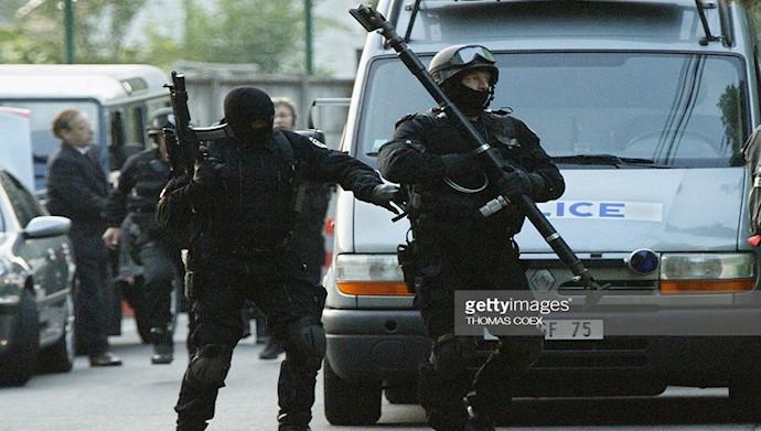 جمله پلیس فرانسه در کودتای ۱۷ژوئن ۲۰۰۳