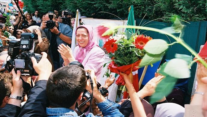 اوج شادی هموطنان پس از آزادی مریم رجوی