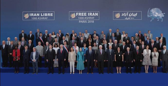 گردهمایی بزرگ ایرانیان در پاریس – نیویورک تایمز
