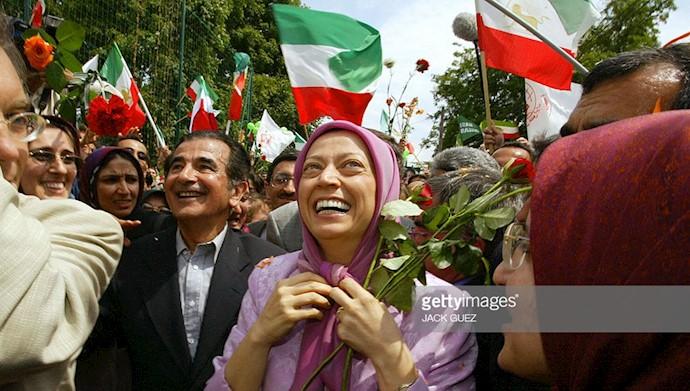 مریم رجوی در میان شادی هموطنان پس از آزادی از رندان