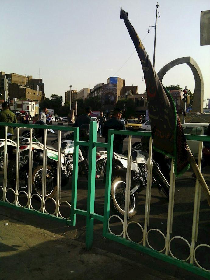 حضور نیروهای سرکوبگر در بازار آغزی تبریز- دوشنبه ۸مرداد۹۷