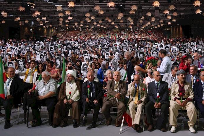 گردهمایی مقاومت ایران در پاریس ۹تیر۹۷