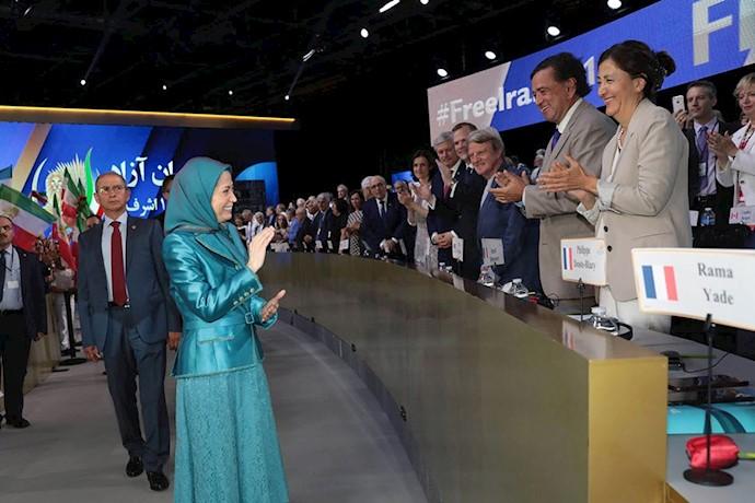 همایش ایرانیان - پاریس ۹تیر۹۷