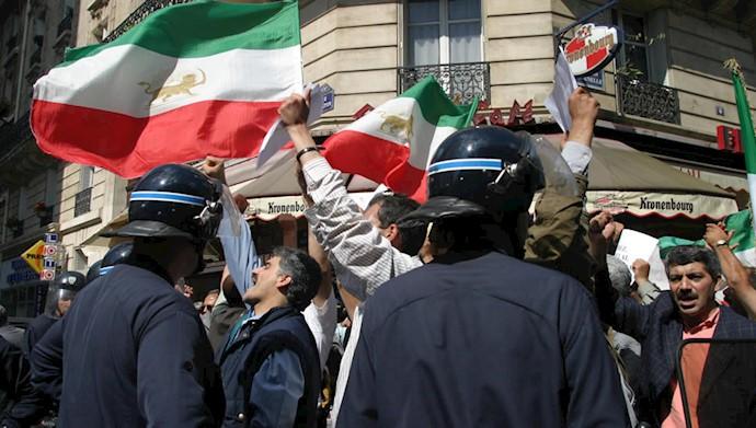تظاهرات هموطنان علیه کودتای کثیف ۱۷ژوئن ۲۰۰۳