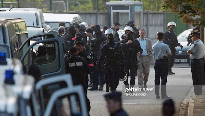 کودتای ۱۷ژوئن ۲۰۰۳- تهاجم پلیس فرانسه به اور