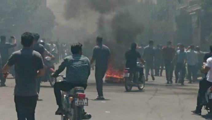 تظاهرات اصفهان - منطقه شاپور جدید