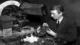 ۲۷ ژانویه ۱۹۲۶ - ۷بهمن: اولین پخش تلویزیونی در جهان