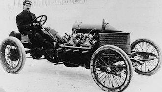 ۳۱ ژانویه ۱۸۸۶ - ۱۱ بهمن: نخستین اتومبیل بنزینی