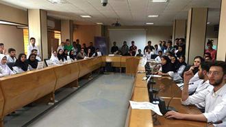 بندرعباس.تجمع اعتراضی دانشجویان دندانپزشکی دانشکده هرمزگان - ۱۶مهر۹۸