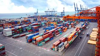 صادرات مواد خام - عکس از آرشیو