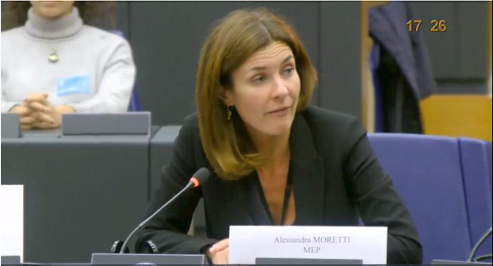 الساندرا موریتی عضو پارلمان اروپا از ایتالیا
