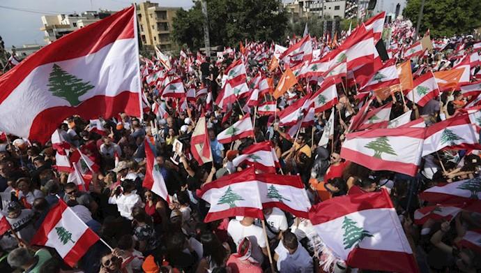 قیام  لبنان