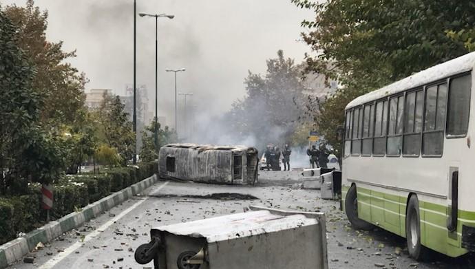 ترس نیروهای انتظامی رژیم از جوانان قیام