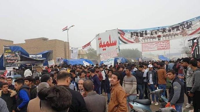 تجمع و راهپیمایی دانشآموزان در سماوه