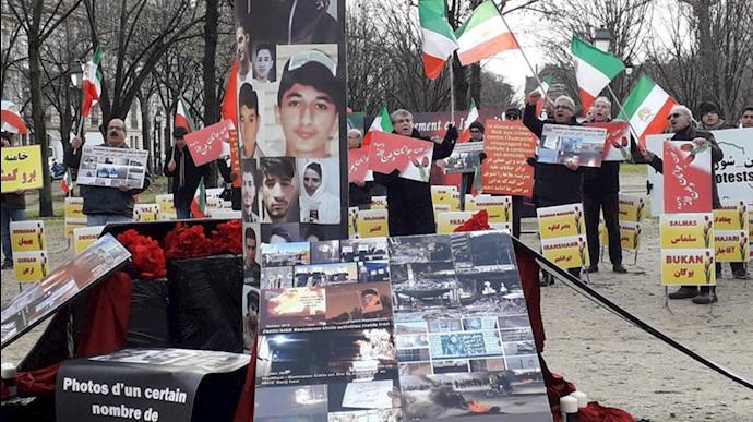 پاریس، فرانسه - حمایت از قیام و شهرهای شورشی، بزرگداشت شهیدان