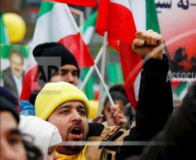 آسوشیتدپرس - تظاهرات ورشو - ۲۴بهمن