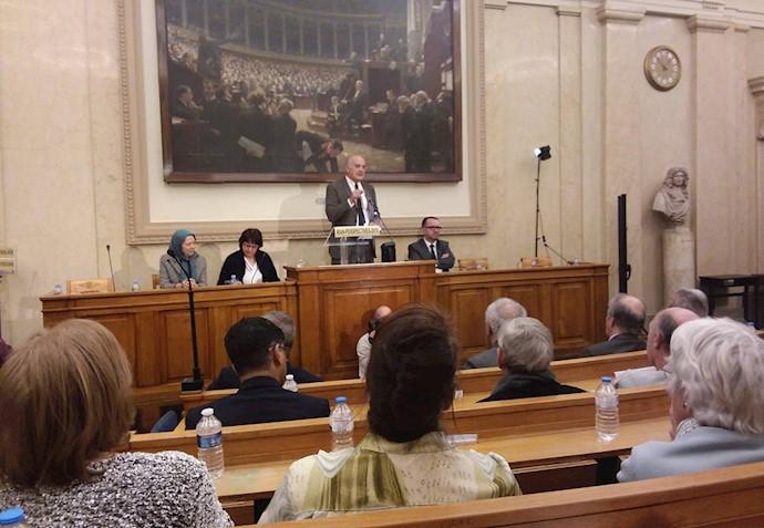 فرانسوا کولکومبه دادستان و نماینده پیشین مجلس ملی فرانسه