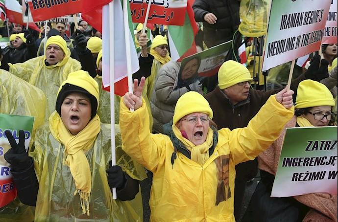 تظاهرات ورشو ۲۴بهمن
