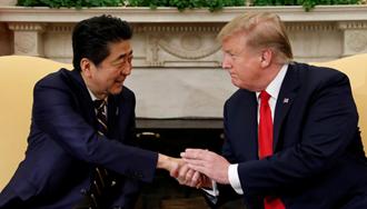 دونالد ترامپ، رئیسجمهور آمریکا و شینزو آبه، نخستوزیر ژاپن