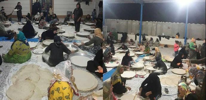 زنان تنگستانی در حال پخت نان برای کمک به سیلزدگان