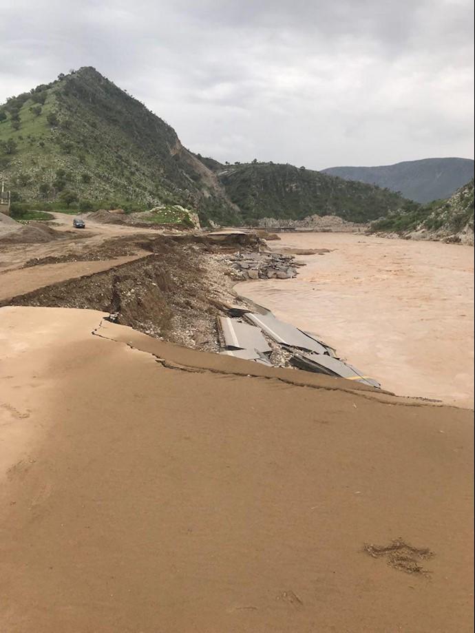 لرستان..روستای چم حسین تنگ تیر بهطور کامل در اثر سیل محو شده است
