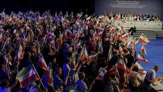 بازدید و کنفرانس بینالمللی در اشرف ۳-5