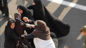 سرکوب زنان