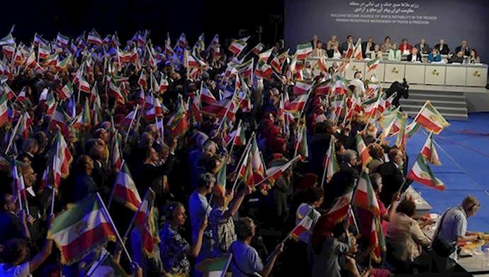 کنفرانس بین المللی در اشرف ۳