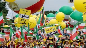 تظاهرات بزرگ ایرانیان در برلین ۱۶
