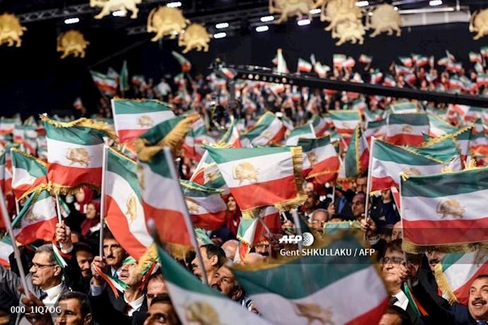 خبرگزاری فرانسه - گردهمایی ایران آزاد اجلاس سالانه مقاومت ایران در اشرف ۳