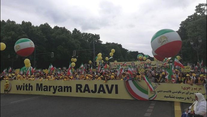 تظاهرات بزرگ در برلین