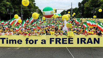 تظاهرات بزرگ ایرانیان در برلین ۸