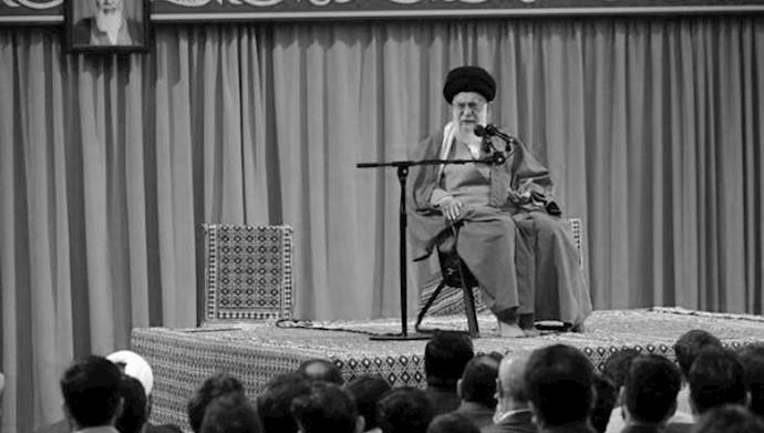 خامنهای ولی فقیه  ارتجاع