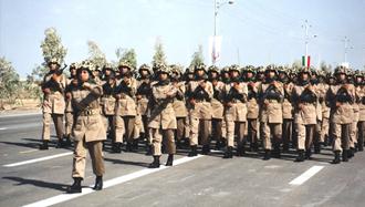 رژه زنان مجاهد در ارتش آزادیبخش ملی ایران