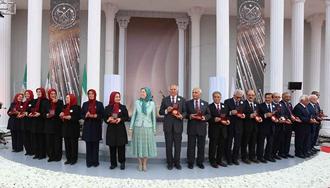 مریم رجوی در جشن سالگرد تأسیس سازمان مجاهدین در اشرف ۳